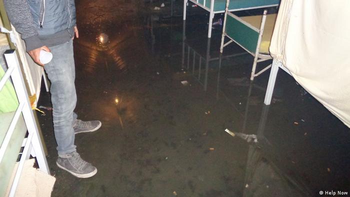 Poplavljeni šatori