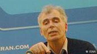 شیرزاد عبداللهی، کارشناس مسائل آموزش و پرورش