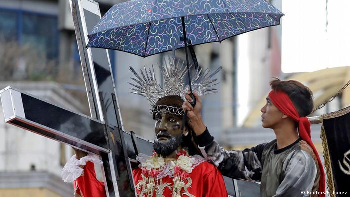 Philippinen Fest des Schwarzen Nazareners in Manila (Reuters/E. Lopez)