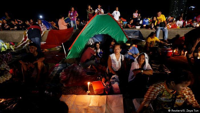 Philippinen Fest des Schwarzen Nazareners in Manila (Reuters/S. Zeya Tun)