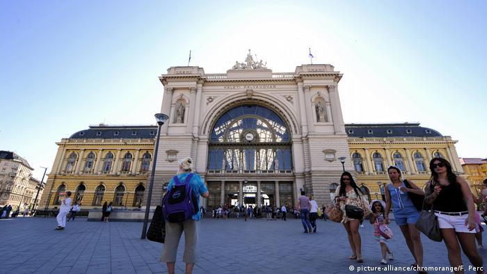 Bahnhof Budapest Keleti (picture-alliance/chromorange/F. Perc)