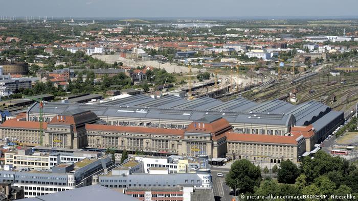 Con 23 andenes y algo así como 80.000 metros cuadrados de superficie, la de Leipzig es considerada la mayor terminal de Europa.