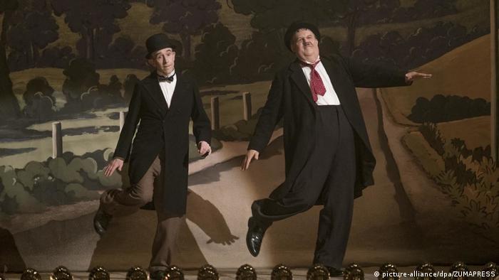 فیلم استن و اولی روایتگر زندگی استن لورل و اولیور هاردی زوج مشهور کمدی دهه ۱۹۲۰ تا ۱۹۵۰ میلادی سینمای جهان است. برای ایفای نقش لورل، استیو کوگان نامزدی بهترین بازیگر نقش اول مرد بفتا را از آن خود کرد. فیلم به کارگردانی جان اس. برد در سه رشته از جمله بهترین فیلم بریتانیایی نامزد بفتا شده است.