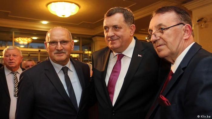 Botschafter Kroatioens in Bosnien Herzegowina Ivan del Vechio bei den Feierlichkeiten zum Tag der RS in Banjaluka (Klix.ba)