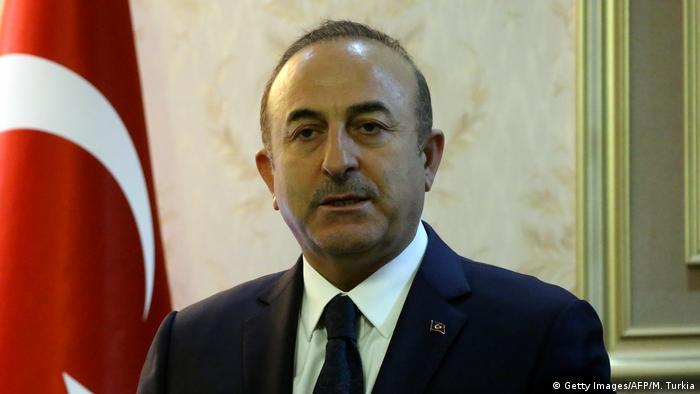 Çavuşoğlu'ndan Ermenistan açıklaması: Darbe girişimlerine kesinlikle karşıyız