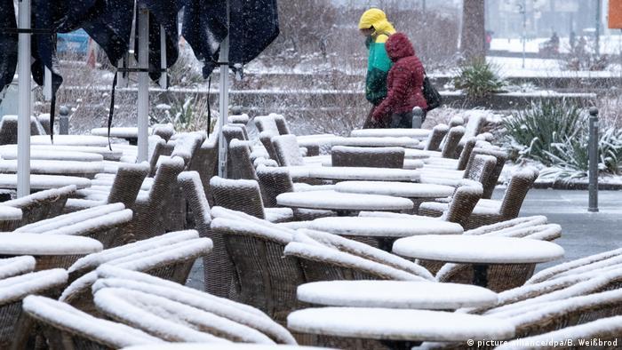 Snow-covered tables in Stuttgart