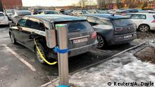 Electric cars are parked in Oslo, Norway January 1, 2019. Picture taken January 1, 2019. REUTERS/Alister Doyle