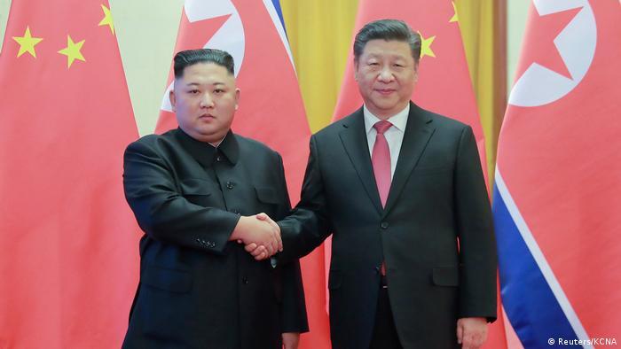 China, Peking: Der nordkoreanische Staatschef Kim Jong Un trifft Präsident Xi Jinping (Reuters/KCNA)