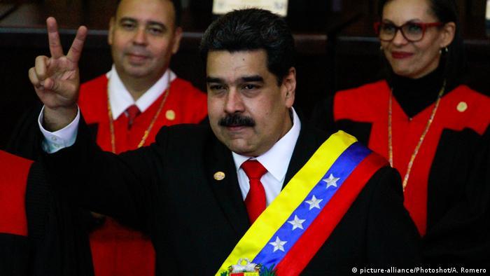 Venezuela Staatschef Maduro für zweite Amtszeit vereidigt