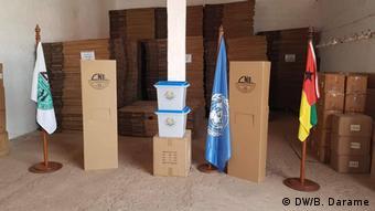 UN verschenkt Wahlmaterial an Guinea-Bissau
