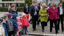 Griechenland, Athen: Angela Merkel besucht eine deutsche Schule