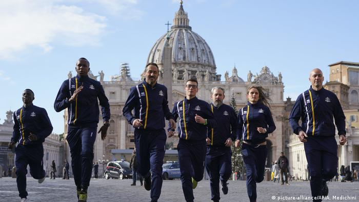Italien, Vatikan: Sportmannschaft Athletic Vatican (picture-alliance/AP/A. Medichini)