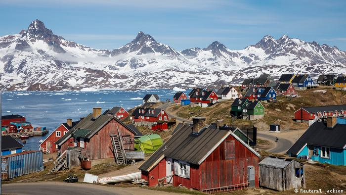 Trump confirms interest in Greenland purchase   News   DW   19.08.2019