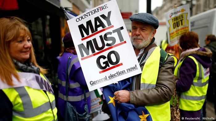 Протестувальники у Лондоні вимагали серед іншого і відставки Терези Мей