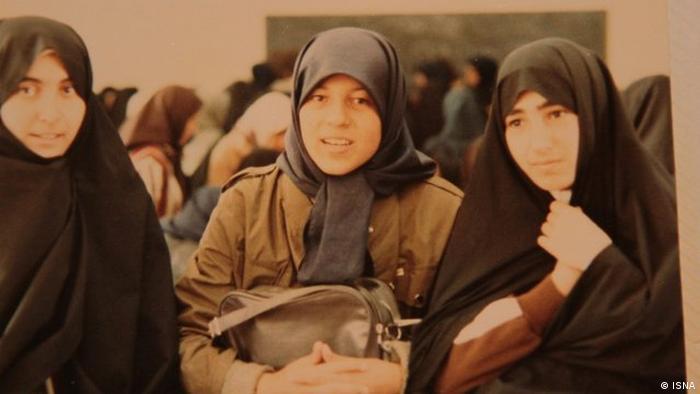 Iran - Kino: Dokumentarfilm über Faezeh Hashemi beschlagnahmt (ISNA)