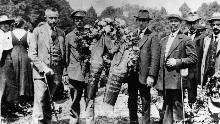 Rosa Luxemburg Beisetzung 1919