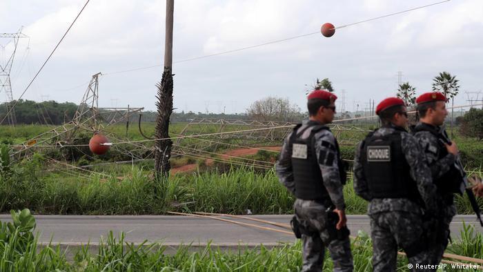 Policiais em Fortaleza
