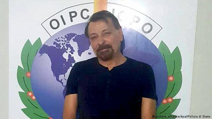 Bolivien Festnahme Cesare Battisti (picture_alliance/dpa//Polizia di Stato)