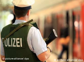 A police officer at a German train station