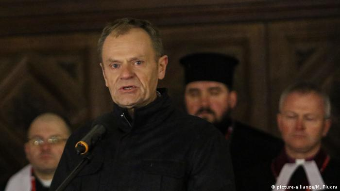 Donald Tusk speaks at a memorial rally on January 14 in Gdansk (picture-alliance/M. Fludra)