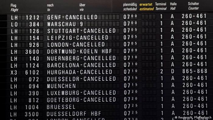 Flight destinations with the word cancelled at Frankfurt airport (Reuters/K. Pfaffenbach)