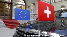 Schweiz Limousine mit EU und Schweizer Fahne