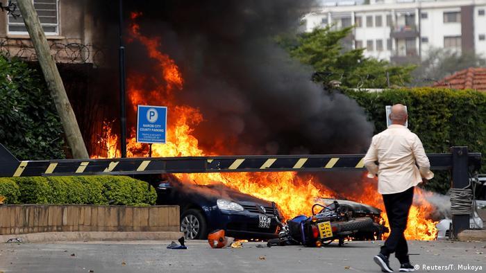Nairobi'de saldırı düzenlenen otel yerleşkesinin önünden bir kesit