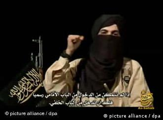 فردی بنام ابو طلحه در یک پیام ویدیوئی ۳۰ دقیقهای یک هفته قبل از برگزاری انتخابات پارلمانی آلمان را تهدید کردید در صورت عدم خروج از افغاانستان بشدت مجازات خواهد شد