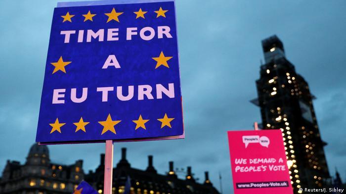 Tras la debacle de este 15 de enero en Londres, el Gobierno de Irlanda acelera la aplicación de medidas para hacer frente a un brexit sin acuerdo,