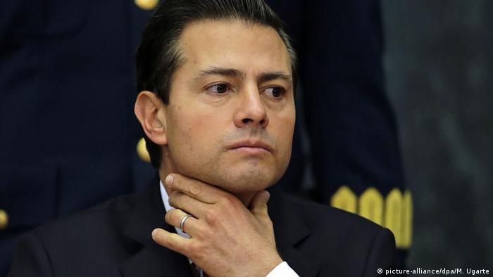 ¿Hasta el cuello? Enrique Pena Nieto, expresidente de México (2012-2018).