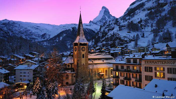 Panoramic view of the village with Matterhorn