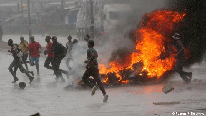 Protestos na capital, Harare, fazem mortos e feridos