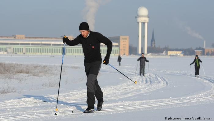 BG Deutschland im Winter (picture-alliance/dpa/R. Jensen)