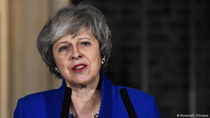 Großbritannien Ansprache Theresa May nach Misstrauensvotum (Reuters/C. Kilcoyne)