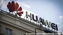 15.01.2019 The Huawei logo is seen in the center of Warsaw, Poland on January 15, 2019. Polish authorities arrested a Chinese national employed by Huawei on charges of espionage alongside a Poish man working for Orange mobile. The arrest has ramped up tensions between China and the US amidst an ongoing trade war between the two trade partners. (Photo by Jaap Arriens/NurPhoto) | Keine Weitergabe an Wiederverkäufer.