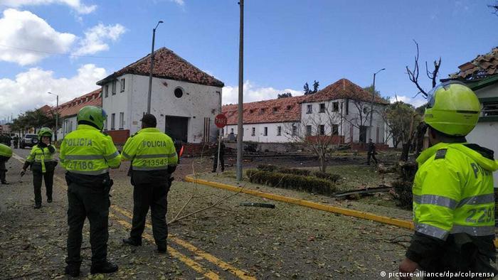 Kolumbien Mutmaßlicher Bombenanschlag in Polizeiakademie (picture-alliance/dpa/colprensa)