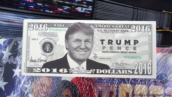 Dólar falso é um dos muitos souvenirs inspirados em Donald Trump