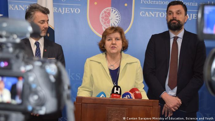 Bosnien Herzegowina PK Bildungsministerin Zineta Bogunic (Canton Sarajevo Ministry of Education, Science and Youth)