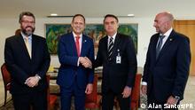 Der brasilianische Präsident Jair Bolsonaro auf einem Treffen in Brasilia mit Außenminister Ernesto Araújo, dem Präsidenten des Obersten Gerichtshofs von Venezuela, Miguel Ángel Martín, und dem Vertreter der OAS, Gustavo Cinosi. Copyright: Alan Santos/PR Pressebild der brasilianischen Regierung