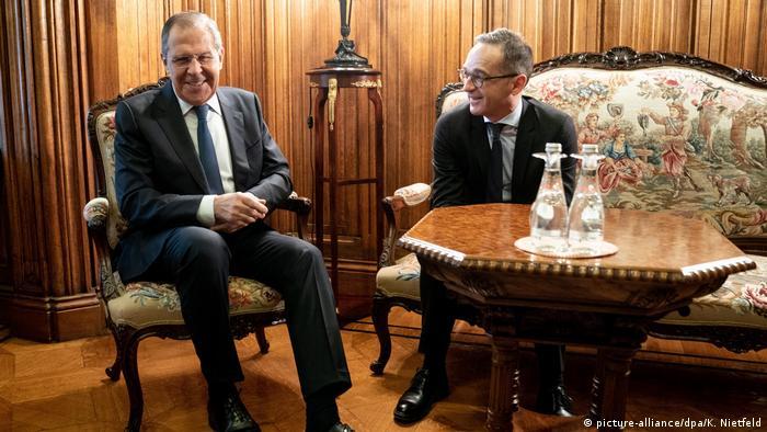 Russland Sergej Lawrow & Heiko Maas in Moskau (picture-alliance/dpa/K. Nietfeld)