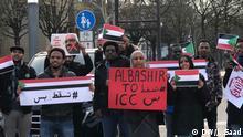 Deutschland Sudanesen Protest vor UN Gebäude in Bonn
