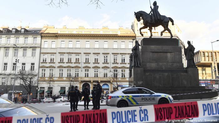 The Sain Wenceslas statue in Prague (picture-alliance/dpa/V. Simanek)