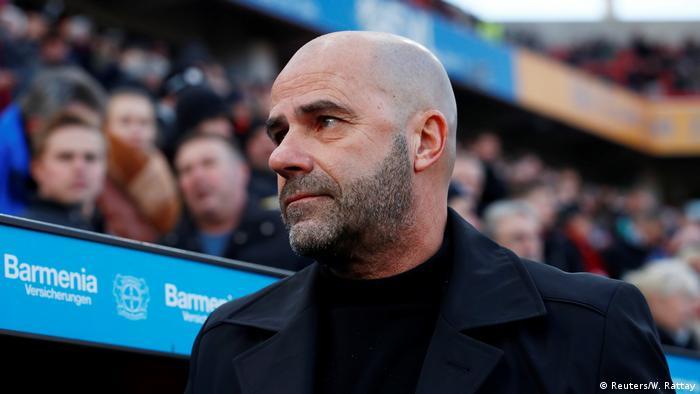 Fußball Bundesliga - Bayer Leverkusen v Borussia Mönchengladbach neuer Trainer Bosz (Reuters/W. Rattay)
