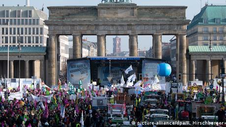 Берлін: тисячі фермерів вимагали зміни аграрної політики