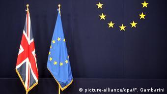 Flaggen EU und Großbritannien