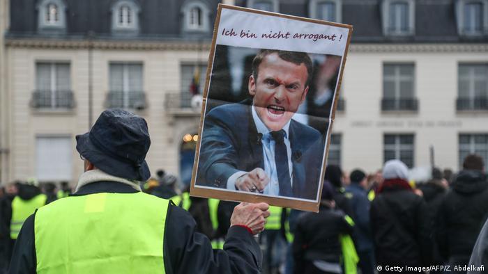 Frankreich Gelbwesten | Protest in Paris | Macron - Ich bin nicht arrogant!