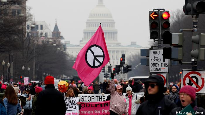 جنبش اعتراضی زنان مخالف ترامپ در سایه اتهام یهودیستیزی