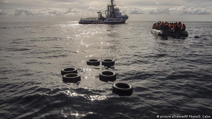 Libyen Migranten vor der libyschen Küste