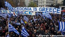 20.01.2019 *** Protesters take part in a demonstration against the agreement reached by Greece and Macedonia to resolve a dispute over the former Yugoslav republic's name, in Athens, Greece, January 20, 2019. REUTERS/Alkis Konstantinidis
