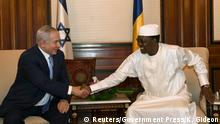 20.01.2019 +++ Israeli Prime Minister Benjamin Netanyahu shakes hands with Chad's President Idriss Deby, during their meeting in N'Djamena, Chad January 20, 2019. Kobi Gideon/Government Press Office/Handout via REUTERS ATTENTION EDITORS - THIS PICTURE WAS PROVIDED BY A THIRD PARTY.
